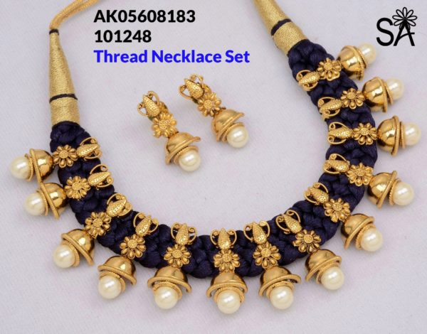 thread necklace set